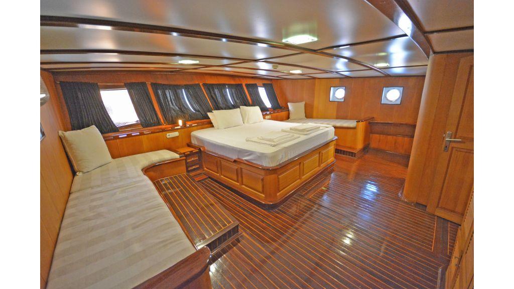 40m Luxury Transom Gulet (40)