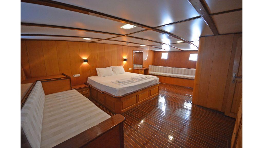 40m Luxury Transom Gulet (5)