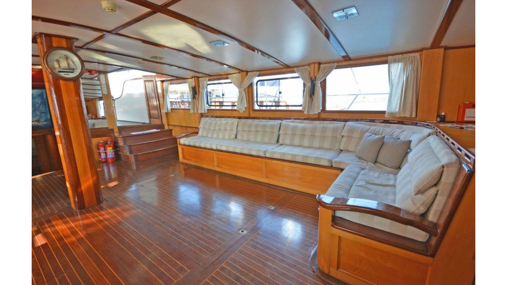 40m Luxury Transom Gulet (51)