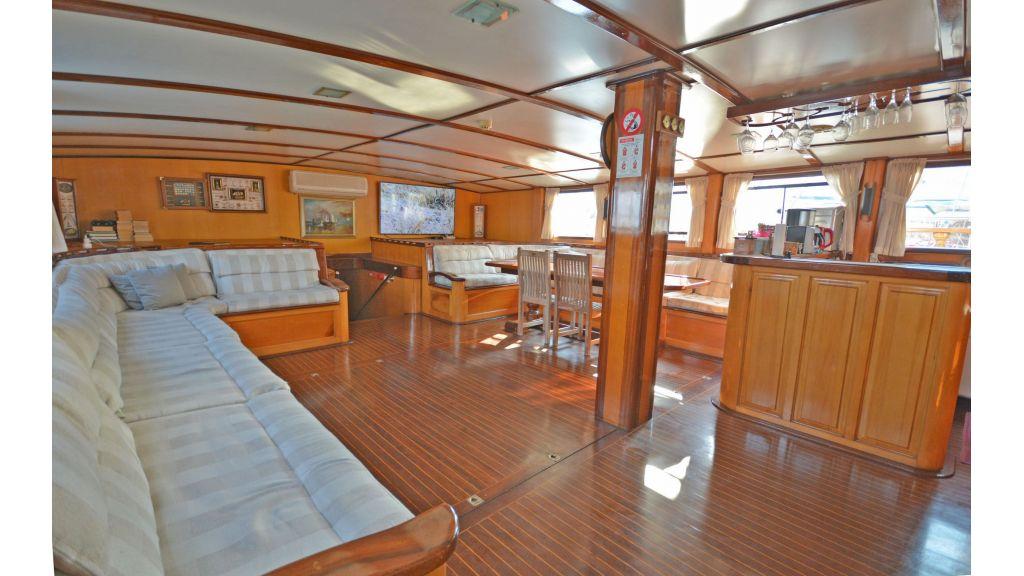 40m Luxury Transom Gulet (54)
