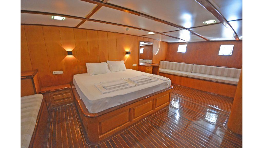 40m Luxury Transom Gulet (6)