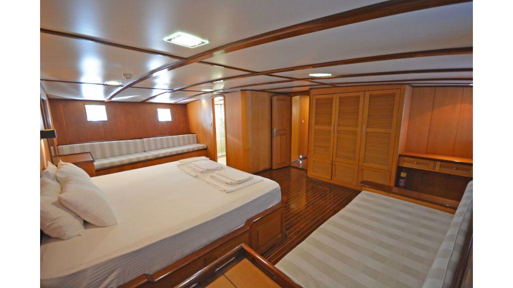 40m Luxury Transom Gulet (8)