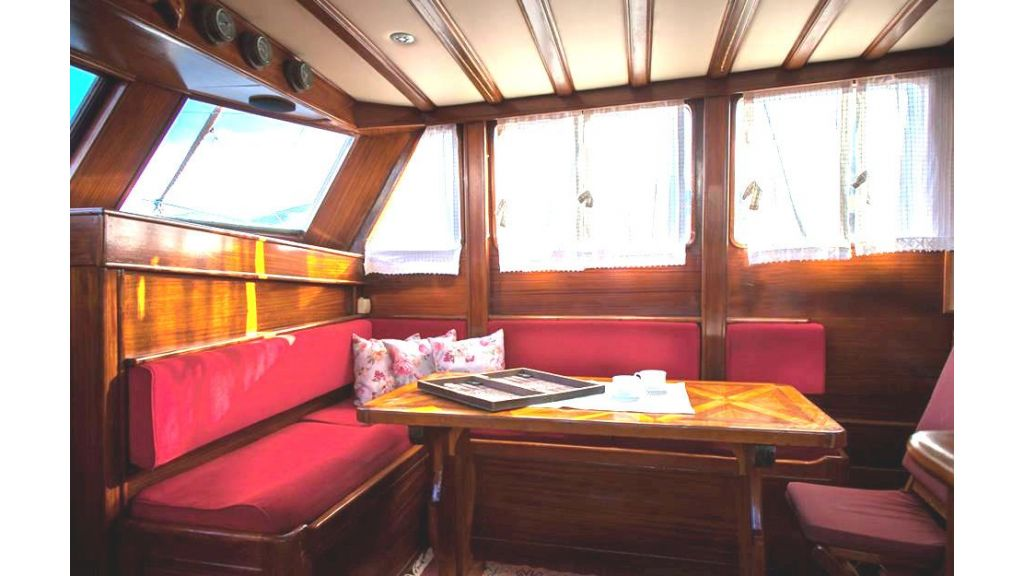 6 Cabins Commercial Transom Gulet (10)