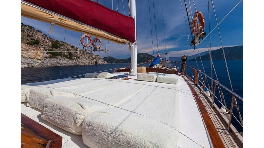 6 Cabins Commercial Transom Gulet (4)