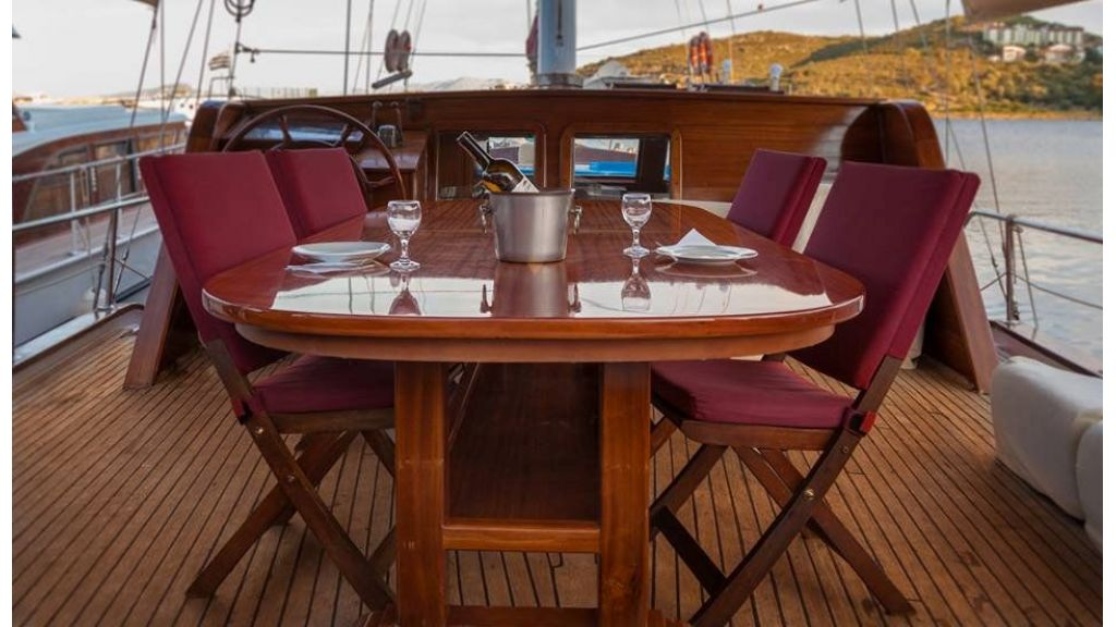 6 Cabins Commercial Transom Gulet (6)