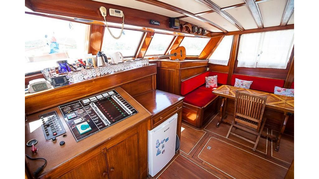 6 Cabins Commercial Transom Gulet (7)