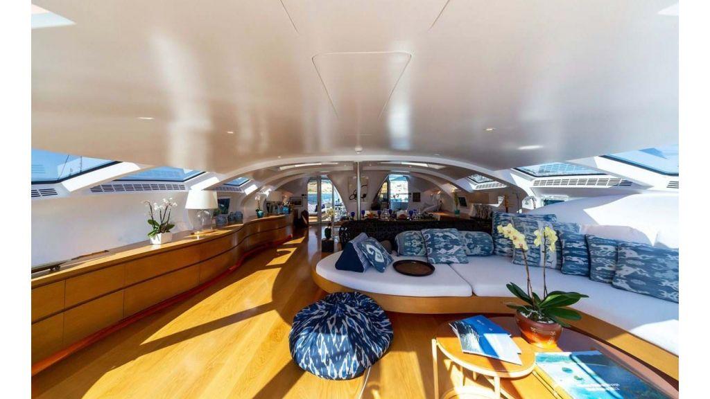 Adastra Luxury Motor Yacht (26)