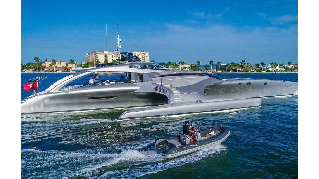 Adastra Luxury Motor Yacht (6)