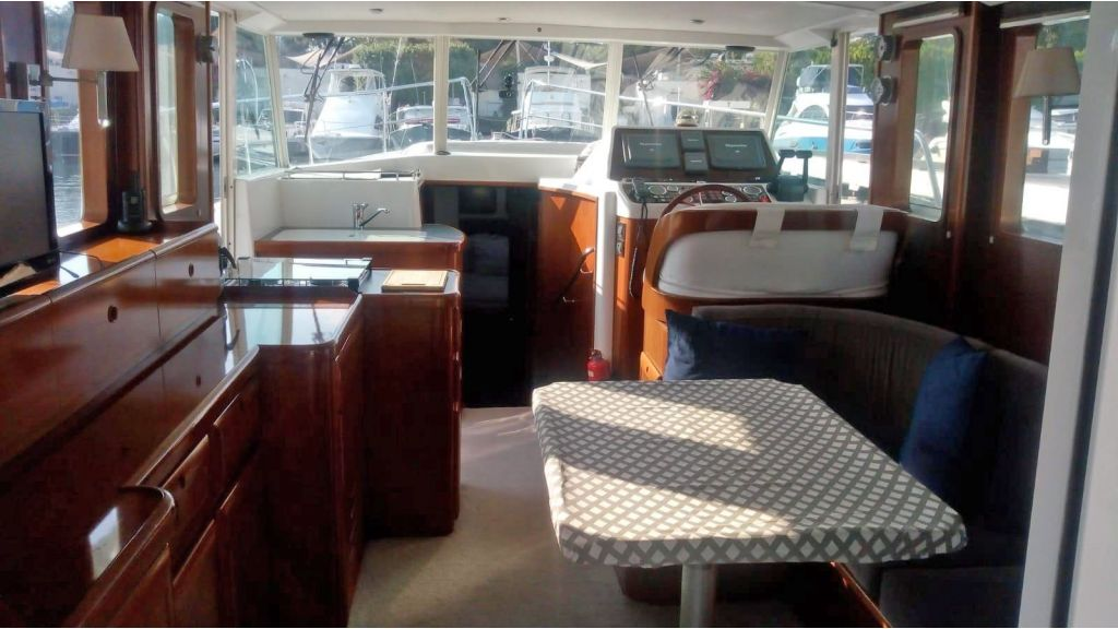 Beneteau Swift Trawler 42 (1)