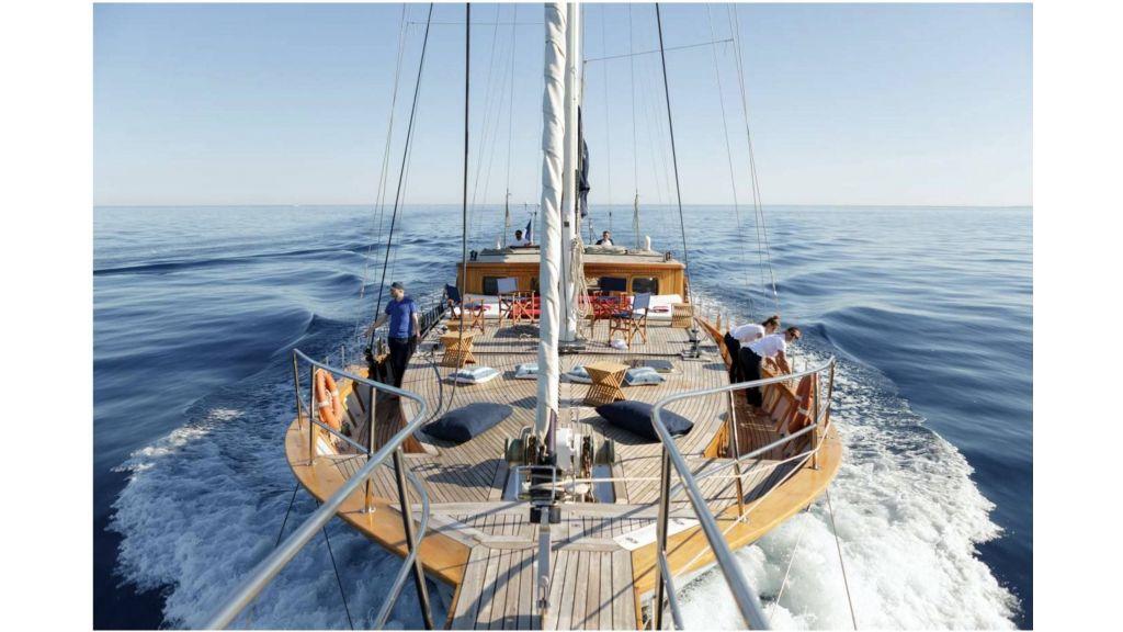 classic schooner for sale (19)