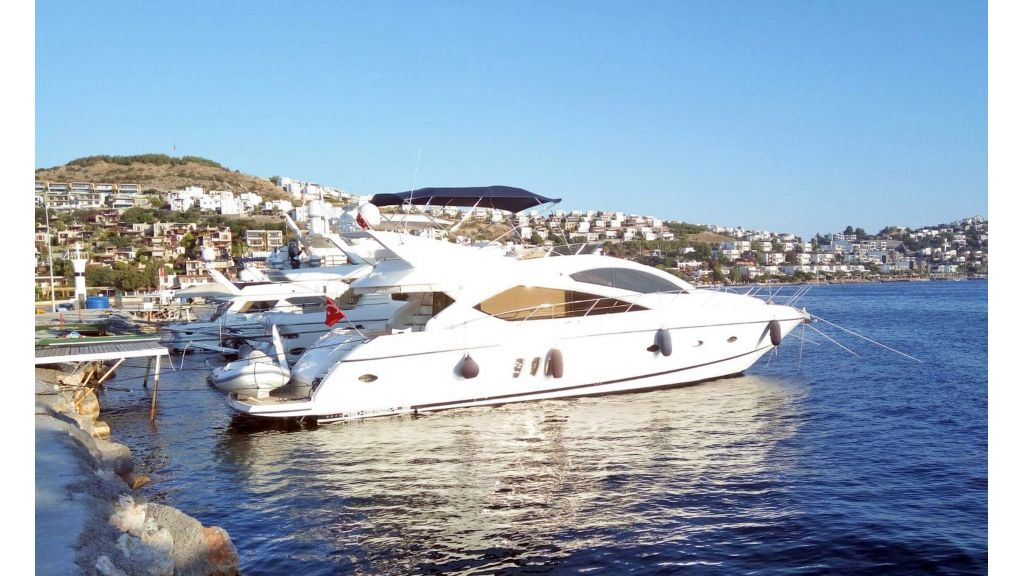 Sunseeker Manhattan 60 For Sale (1)