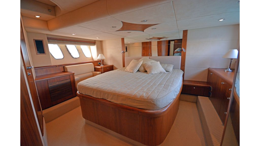 Sunseeker Manhattan 60 For Sale (13)