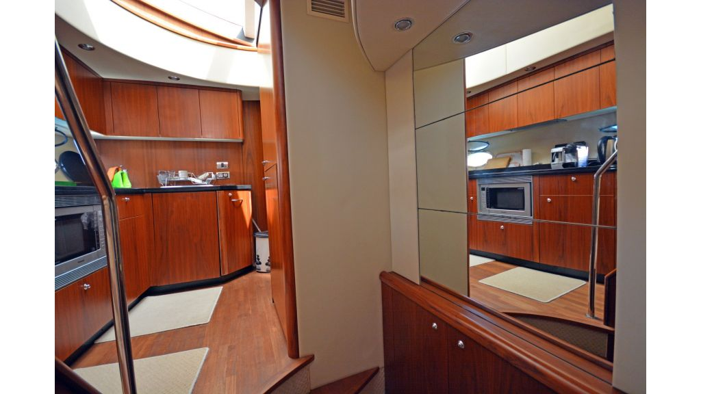 Sunseeker Manhattan 60 For Sale (15)