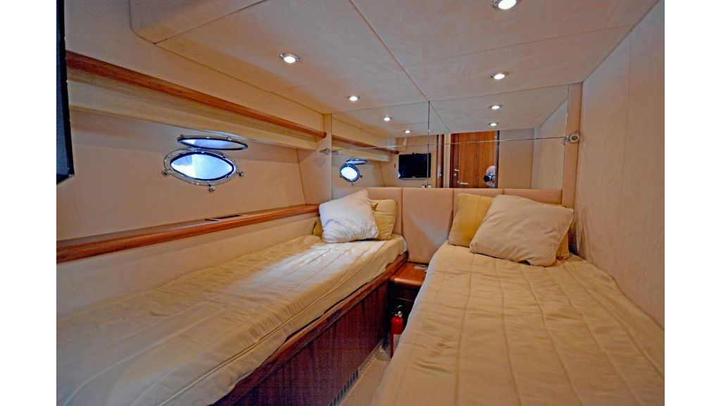 Sunseeker Manhattan 60 For Sale (2)