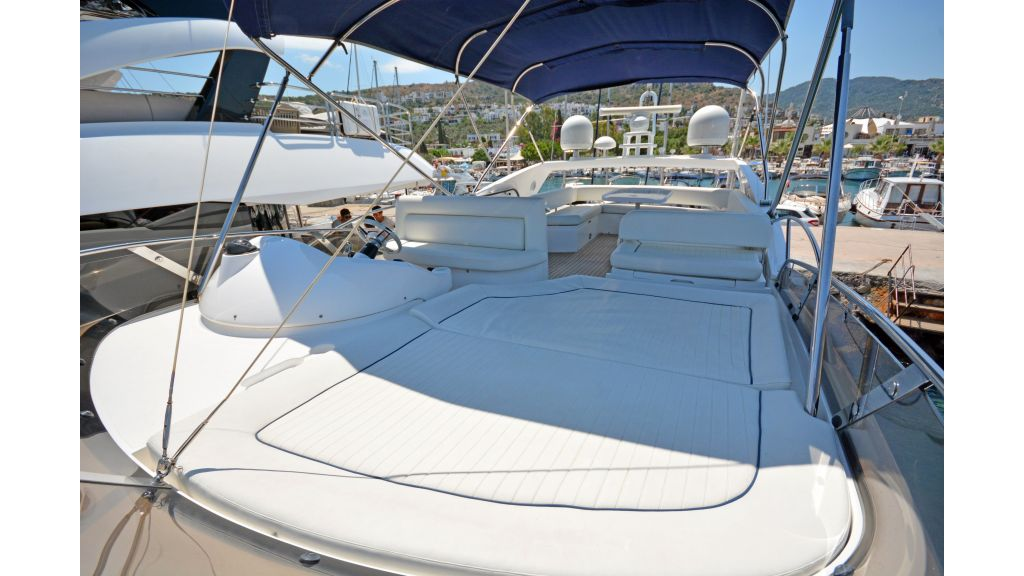 Sunseeker Manhattan 60 For Sale (24)