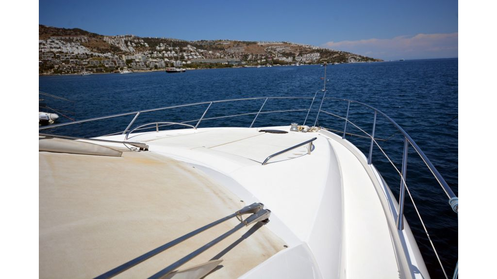 Sunseeker Manhattan 60 For Sale (27)