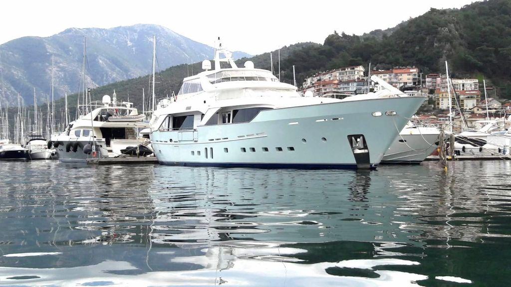 33 m Benetti Sail Division (2)
