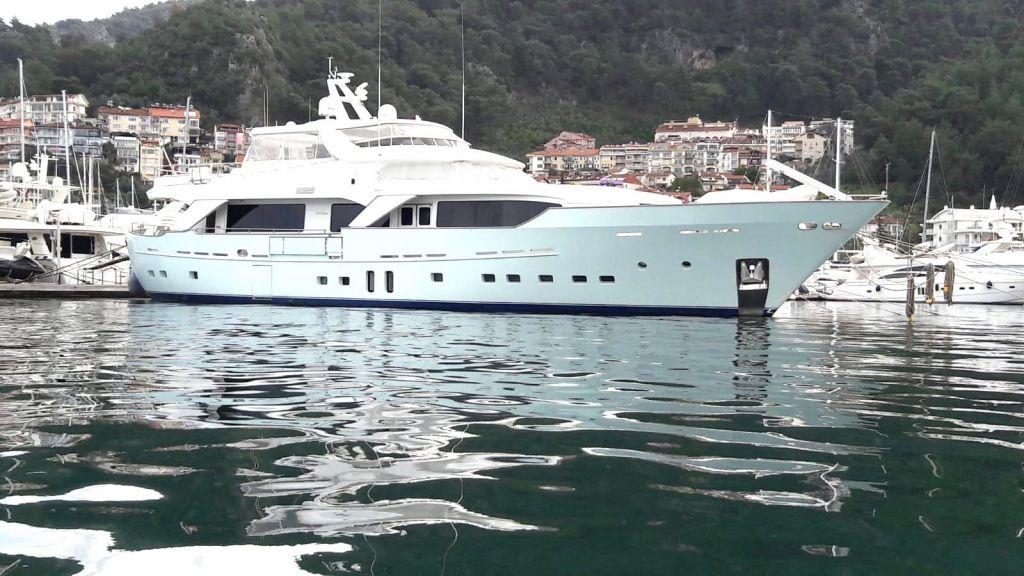 33 m Benetti Sail Division (7)