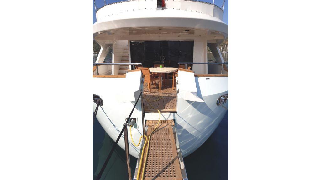 33 m Benetti Sail Division (8)