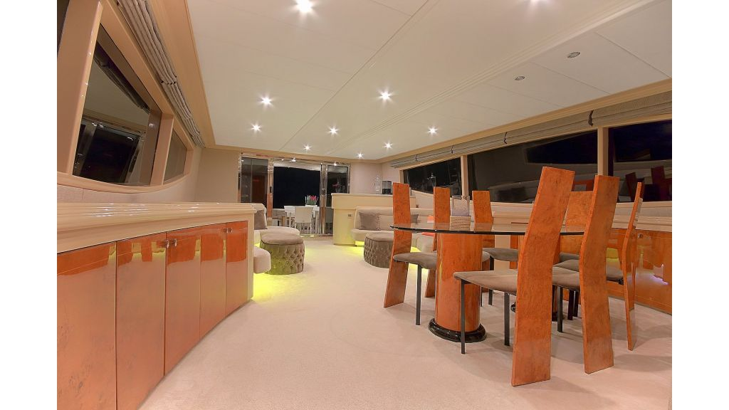 Blanco Luxury Motor Yacht (44)