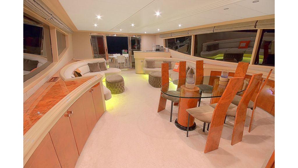 Blanco Luxury Motor Yacht (49)