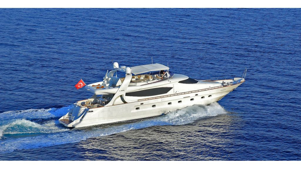 Blanco Luxury Motor Yacht (5)