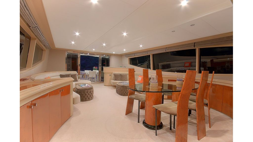 Blanco Luxury Motor Yacht (58)