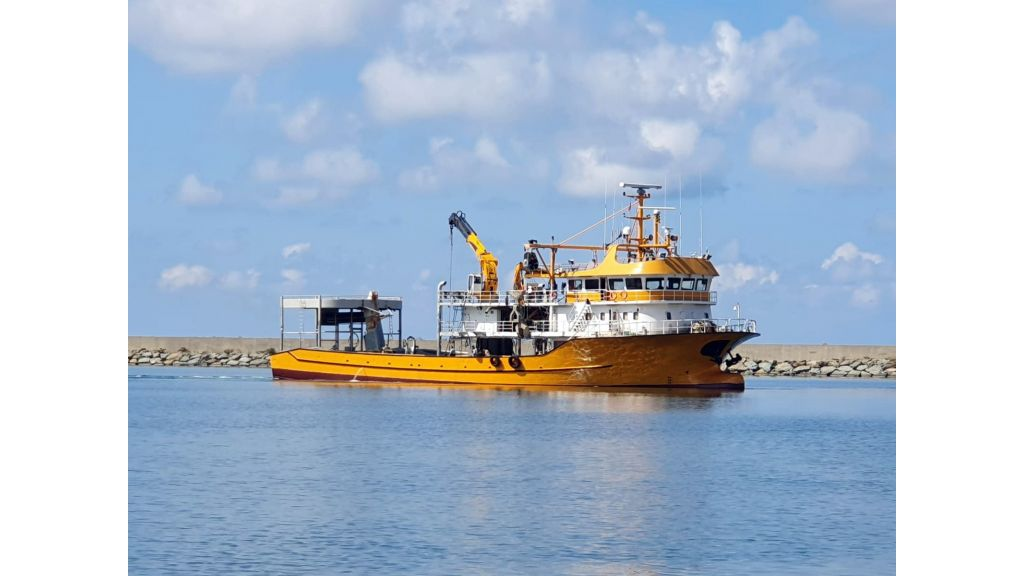 Large fishing vessels (1)