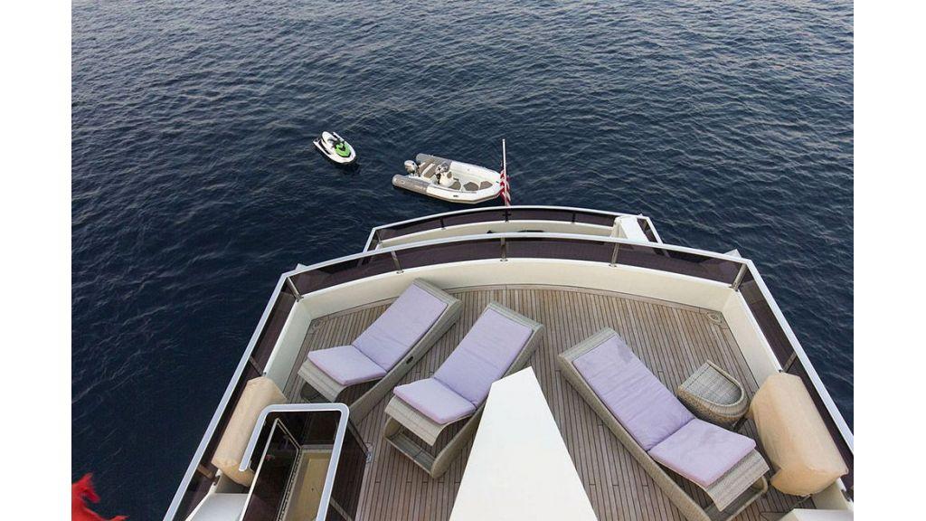 Tri-Deck Motor Yacht (11)
