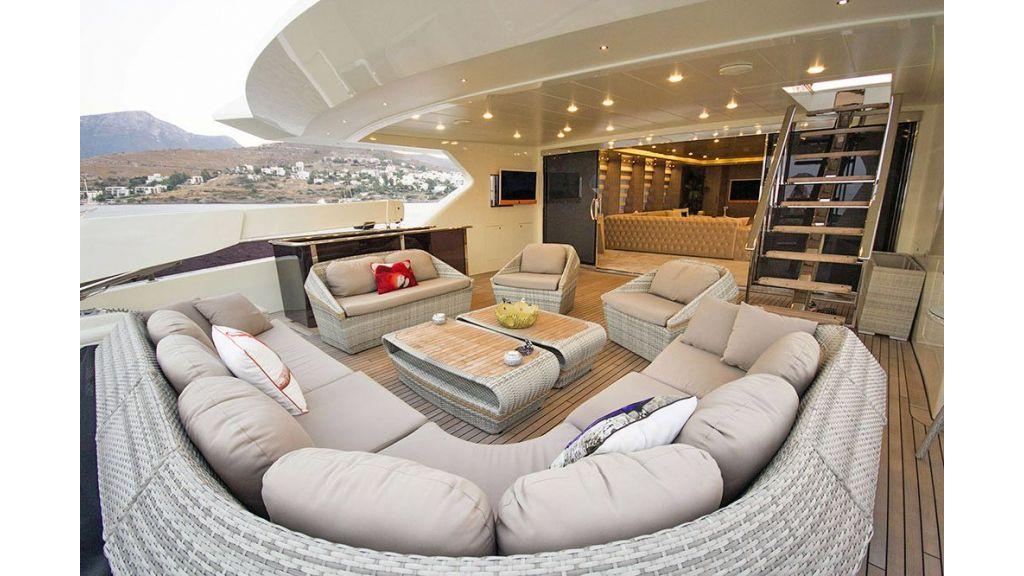 Tri-Deck Motor Yacht (23)