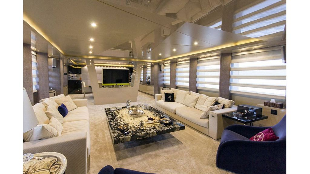 Tri-Deck Motor Yacht (26)