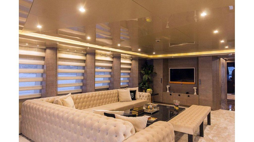 Tri-Deck Motor Yacht (29)