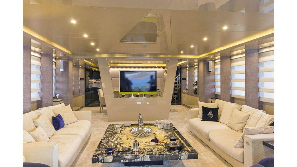 Tri-Deck Motor Yacht (36)