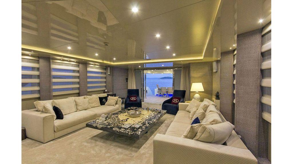 Tri-Deck Motor Yacht (37)