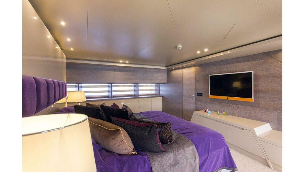 Tri-Deck Motor Yacht (40)
