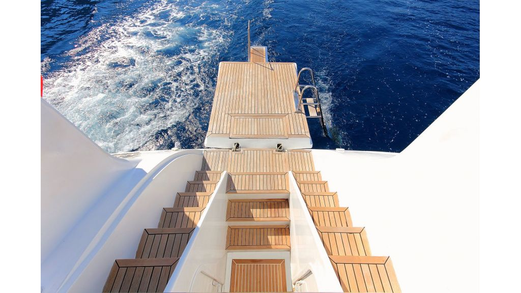 Flybridge Motor Sailing (32)