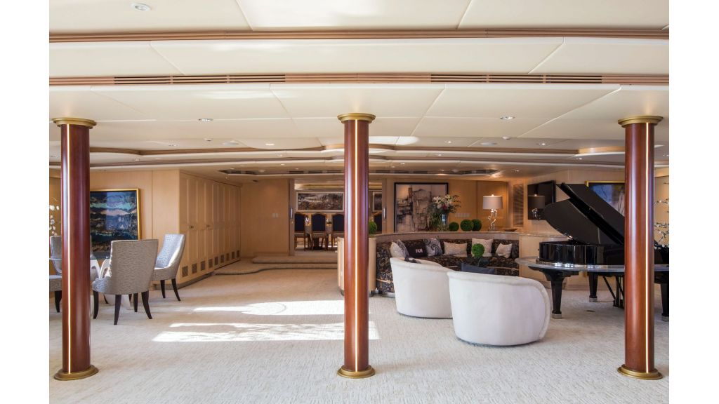 Luxury Yacht Fam (15)