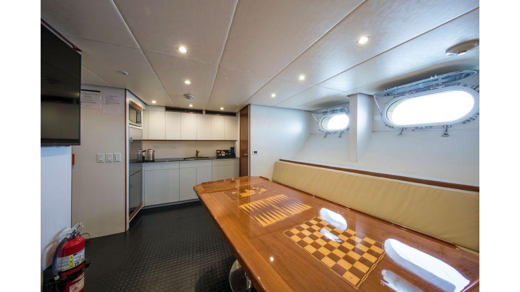 Luxury Yacht Fam (31)