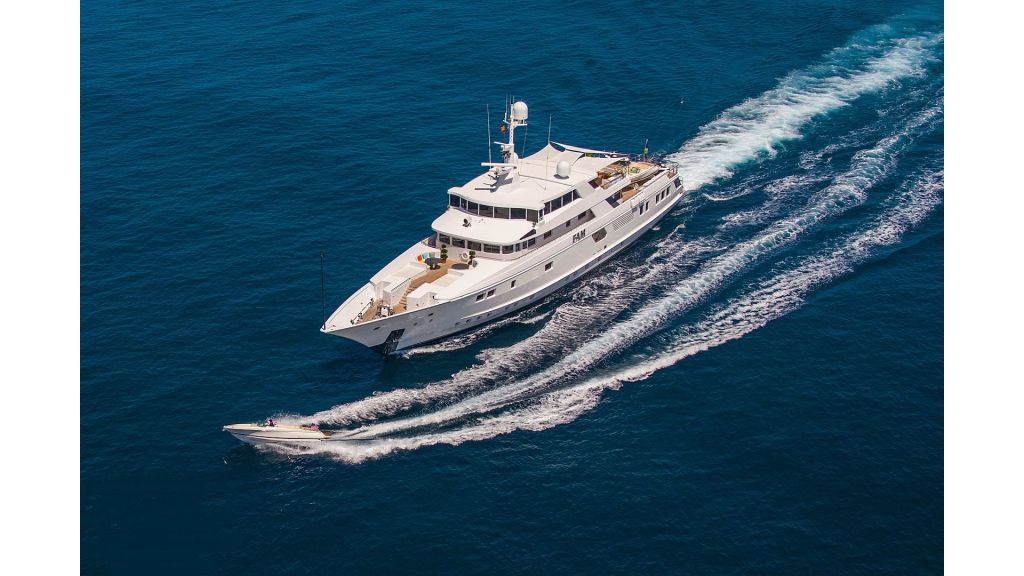 Luxury Yacht Fam (35)