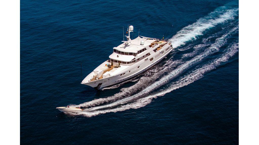 Luxury Yacht Fam (41)