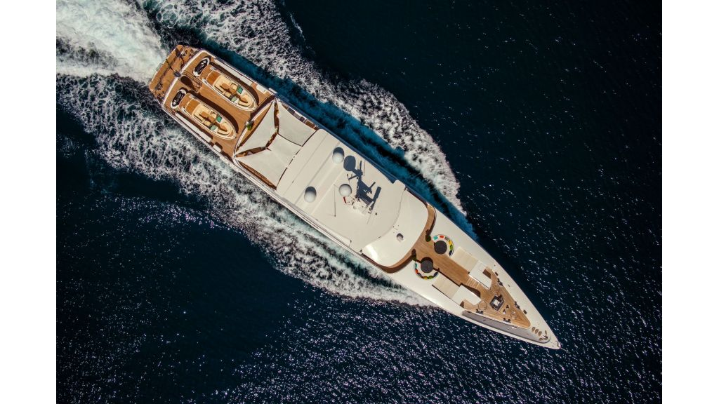 Luxury Yacht Fam (42)