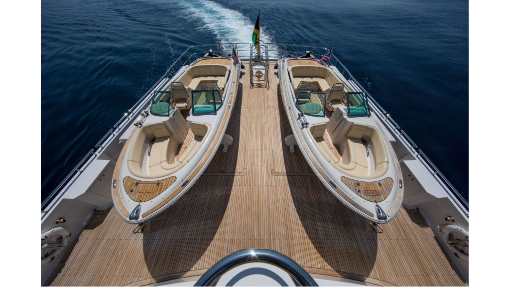 Luxury Yacht Fam (45)