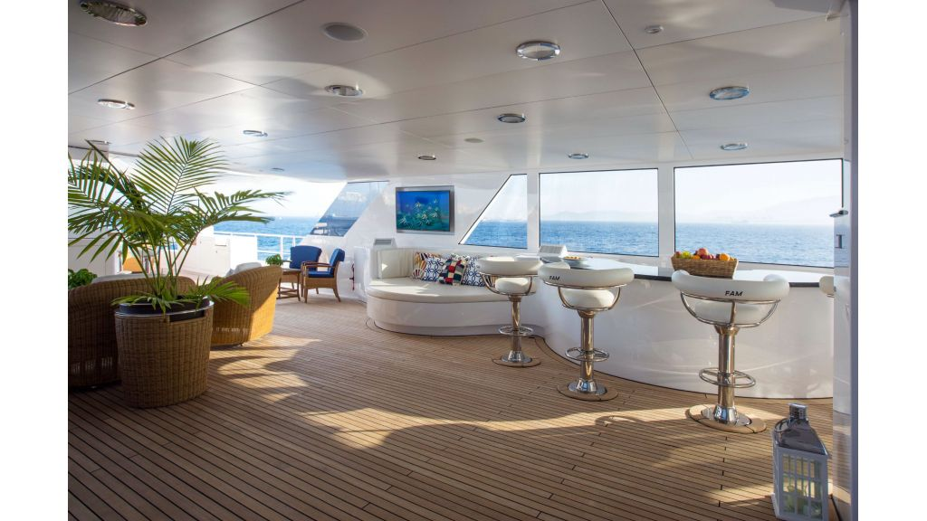 Luxury Yacht Fam (47)