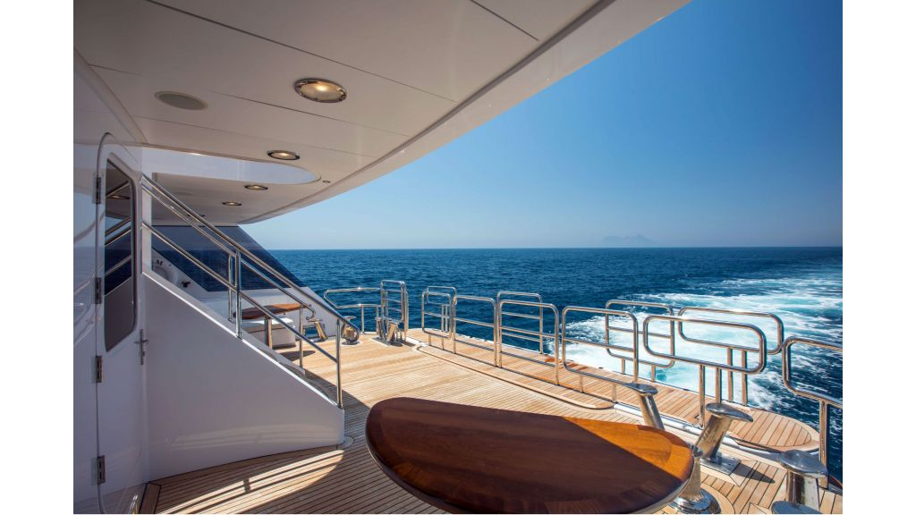 Luxury Yacht Fam (48)