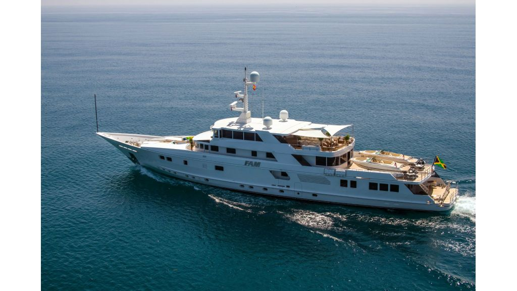 Luxury Yacht Fam (54)