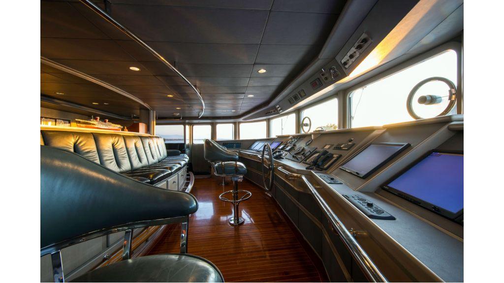 Luxury Yacht Fam