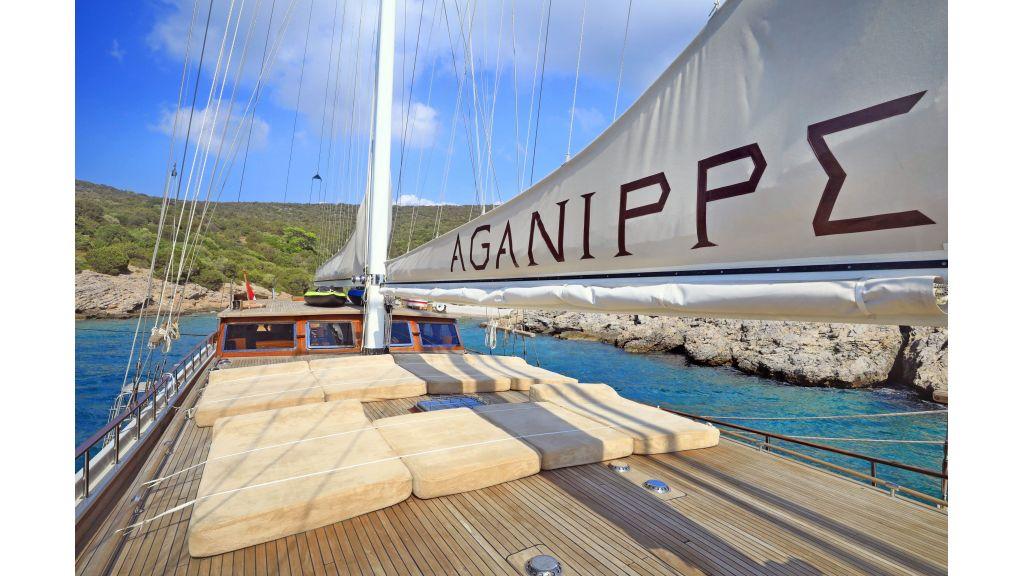 Aganippe Gulet (25)