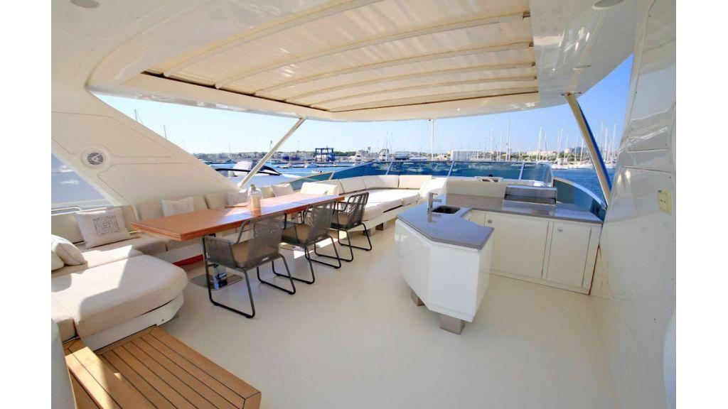 Azimut 88 motor yacht (11)