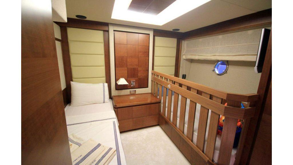 Azimut 88 motor yacht (19)