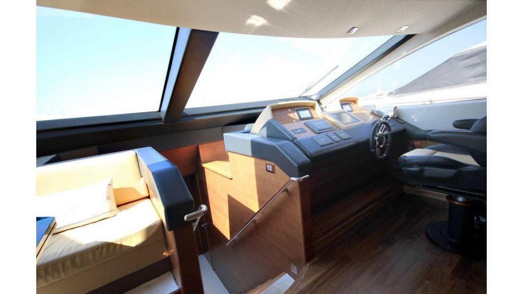 Azimut 88 motor yacht (20)